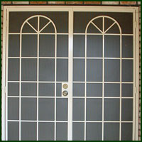 Shingle Springs, Iron Doors